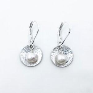 hammered sterling silver freshwater pearl earrings