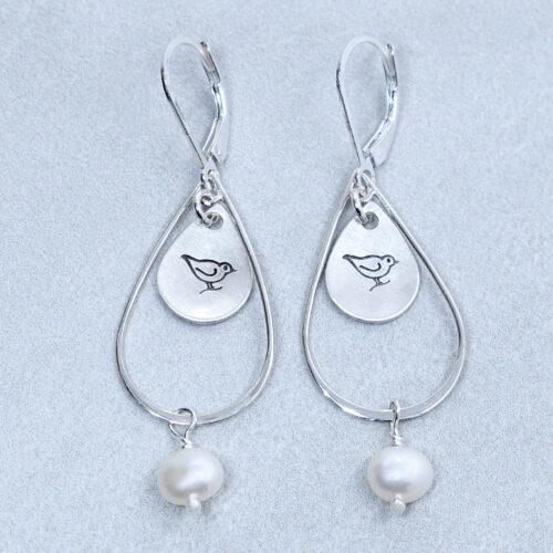 stamp silver bird pearl earrings